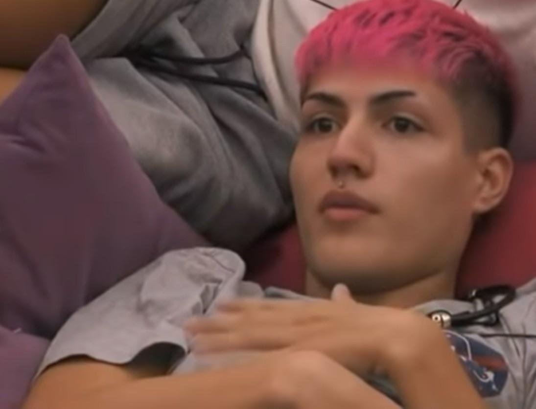 Big brother: Η Άννα Μαρία τους βάζει αγγαρείες και προκαλεί καυγάδες