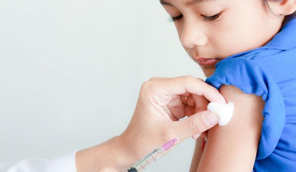 Έρχονται τα εμβόλια Covid-19 για εφήβους και παιδιά