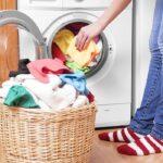 Έτσι θα απομακρύνετε την άσχημη μυρωδιά από το πλυντήριό σας