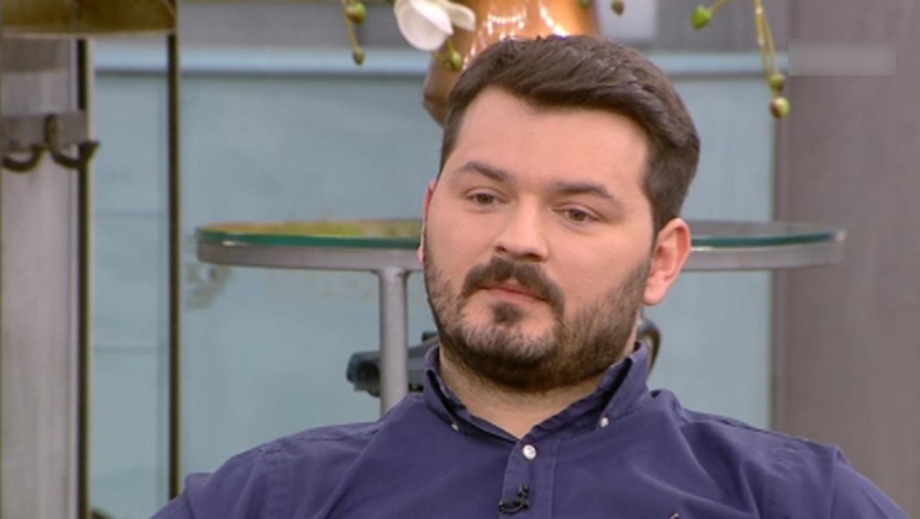 Γιάννης Απέργης: Στο σχολείο ουρούσαν στην τσάντα μου επειδή είμαι Αλβανός