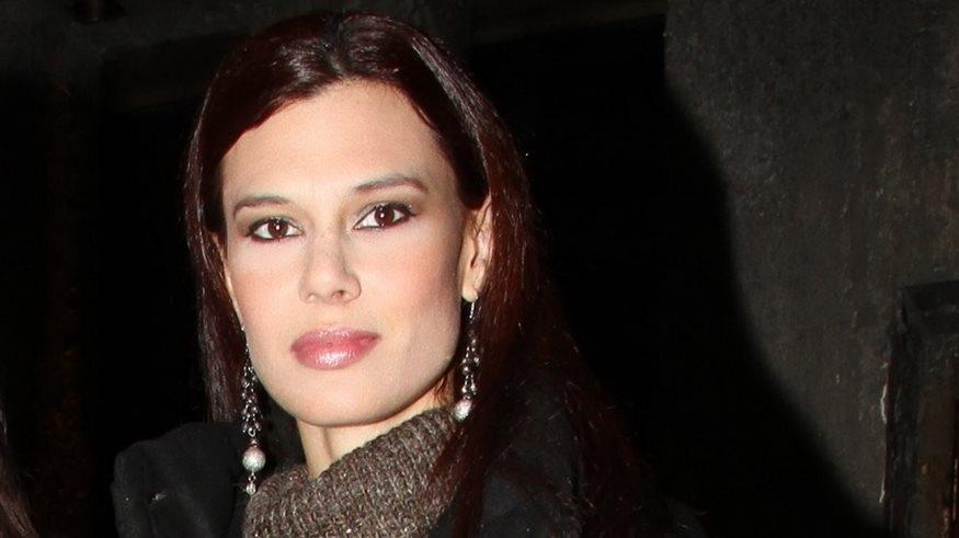 Ισαβέλλα Δάρρα: Αν δεν δώσεις χώρο, δεν μπορεί ο άλλος να πλησιάσει, δεν θα βρει τρύπα