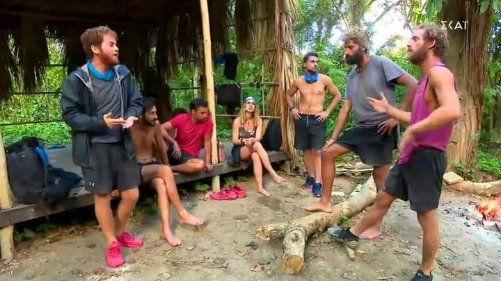 Survivor: Η αντιπρόταση Αλέξη και Chris για τις προμήθειες έφερε ένταση στη μπλέ ομάδα