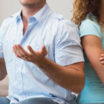 Σημάδια που αποδεικνύουν πως κάτι πάει στραβά στη σχέση σου